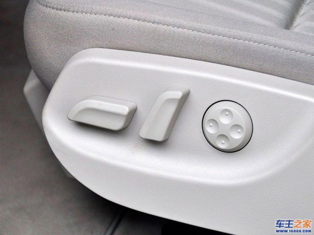 奥迪a6l座椅调节按钮