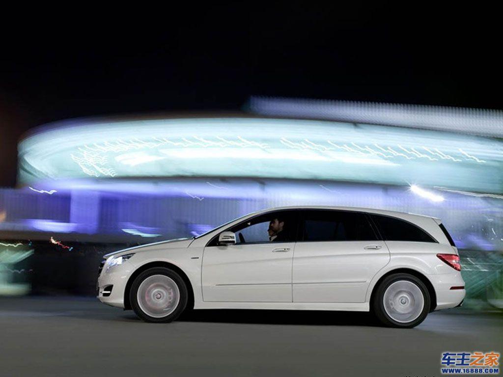 2011款奔驰r级 奔驰 奔驰r级 2011款奔驰r级轿车桌面壁纸