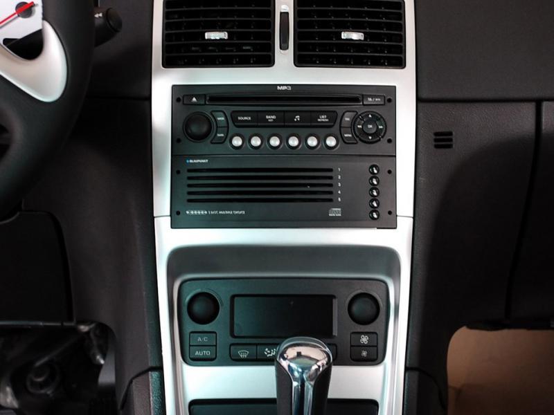 进口标致307音响系统面板