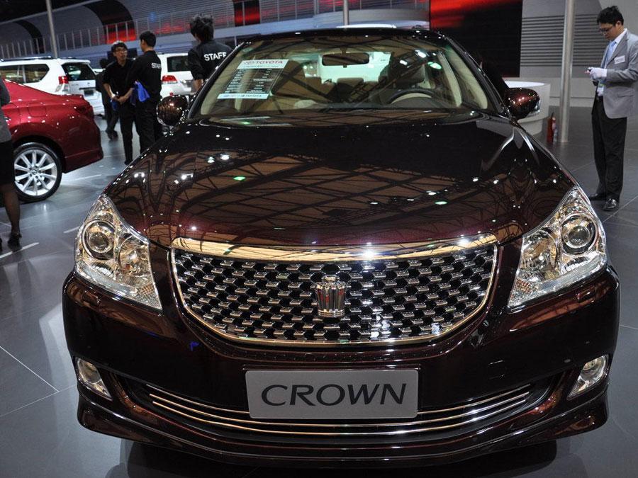 皇冠车标志,各种车的标志图片皇冠,标志是皇冠的车,皇冠标志车高清图片