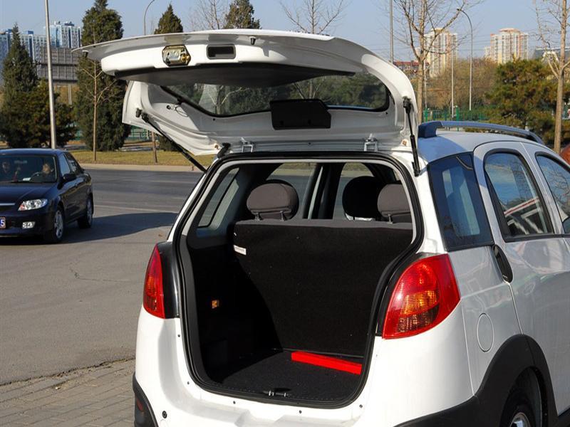 奇瑞品牌下的瑞麒X1这种车辆怎么样,我现在想买这一款的车辆 奇瑞高清图片