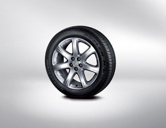 1894年别克车轮胎是白色以及没有任何花纹