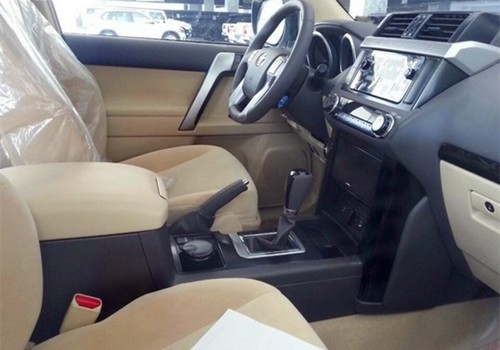14款中东版丰田霸道4000 强劲越野低价畅享